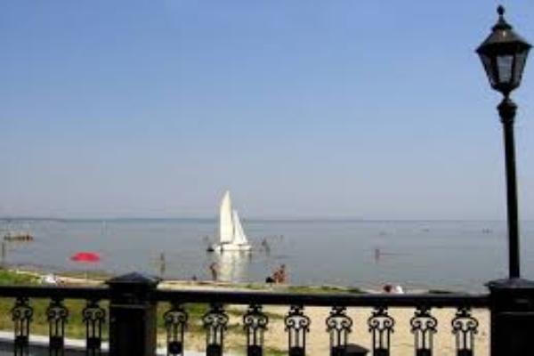 В Таганроге готовятся к пляжному сезону