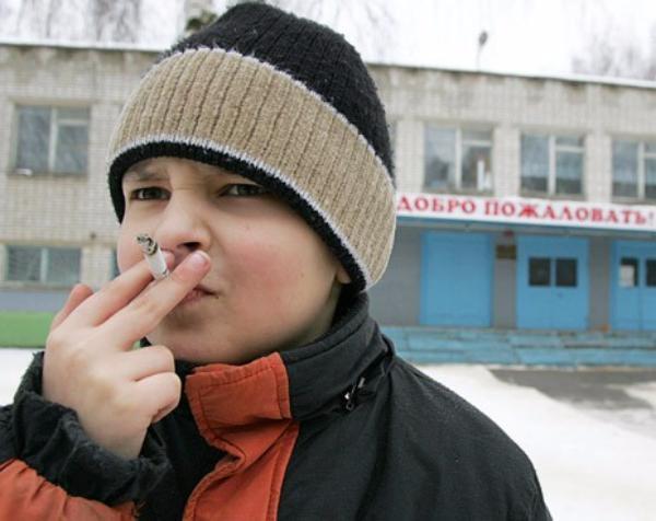 В Таганроге у школьников вместо перемен перекуры
