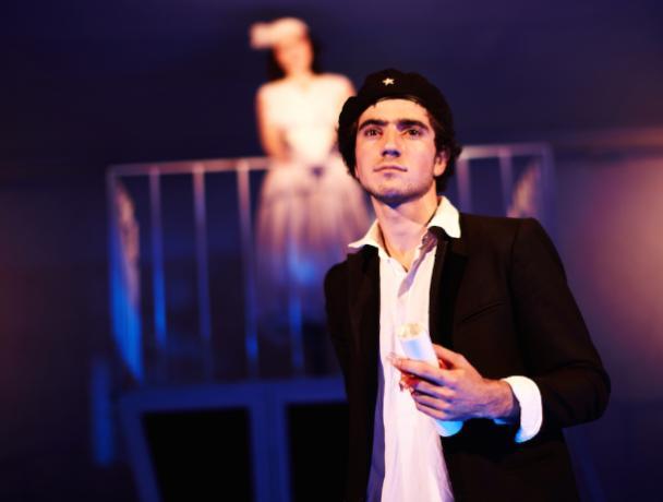 Таганрогский актер театра «МОСТ» Илья Кожухарь о жизни, творчестве и таганрожцах