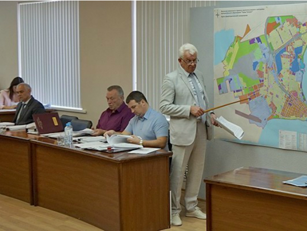 Депутатов потеряли на заседании гордумы в Таганроге