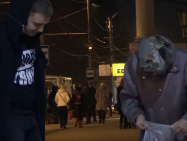 Накануне Нового Года таганрогские блогеры провели добрую акцию для пенсионеров