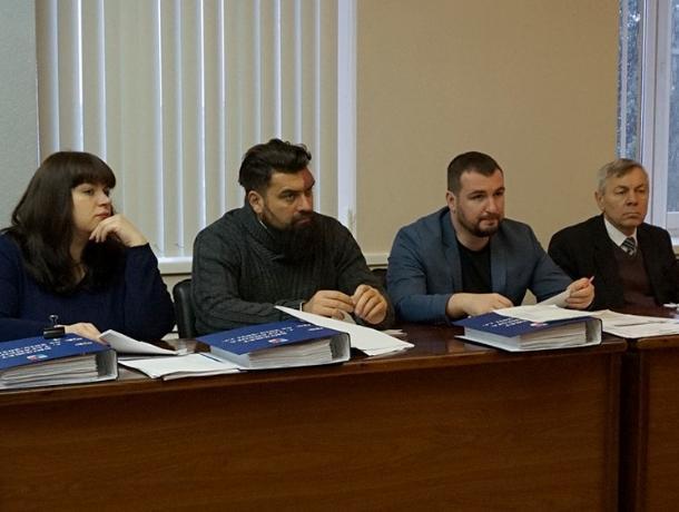 В городской Думе обсуждали бюджет: кому и сколько на 2019-2021 годы