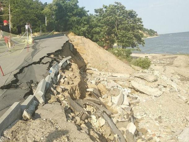 Азовское море может затопить часть Таганрога и села в его окрестностях