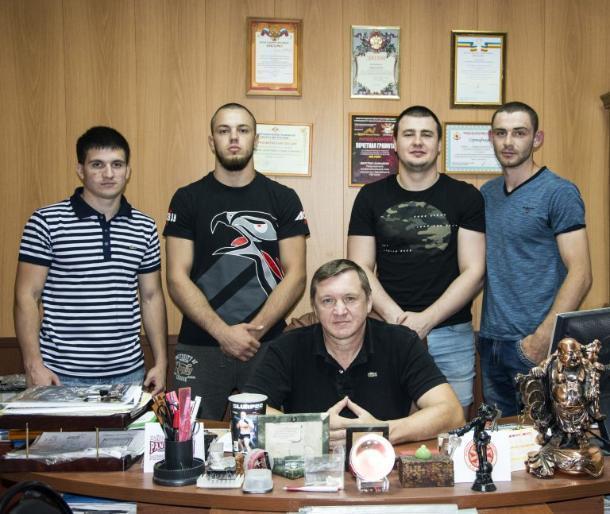 Инструкторы из Таганрога будут тренировать трудных подростков в Санкт-Петербурге