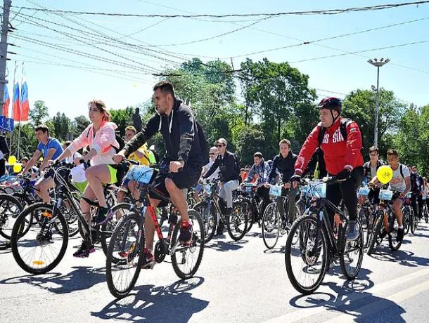 В День России в Таганрог вернулись участники велопробега «Спасибо деду за Победу»