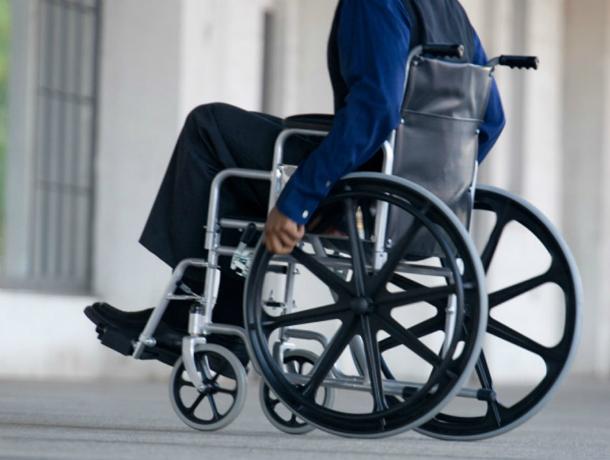 Инвалиды не смогли попасть на организованную для них выставку в Таганроге