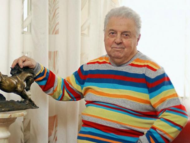 Сегодня  95 лет со дня рождения  поэта Михаила Танича, но Таганрог не вспомнил про своего именитого земляка
