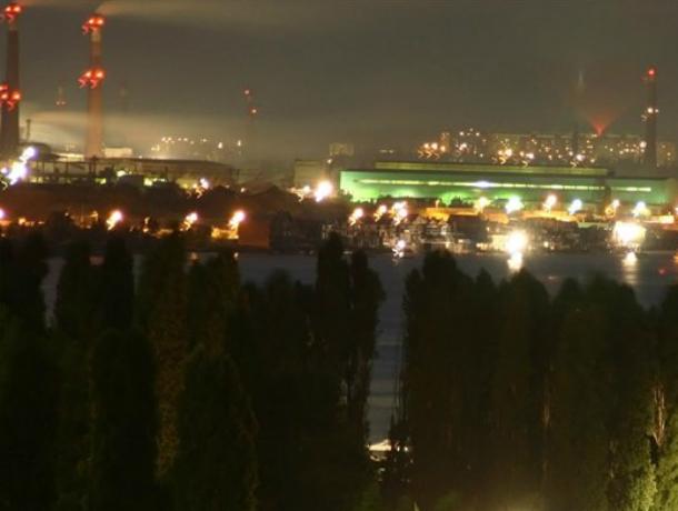 Гром грянул: после смертельной аварии в Таганроге устанавливают светодиодные светильники