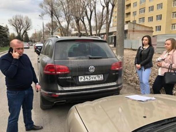 Задержан дорогой автомобиль известного в Таганроге «предпринимателя»