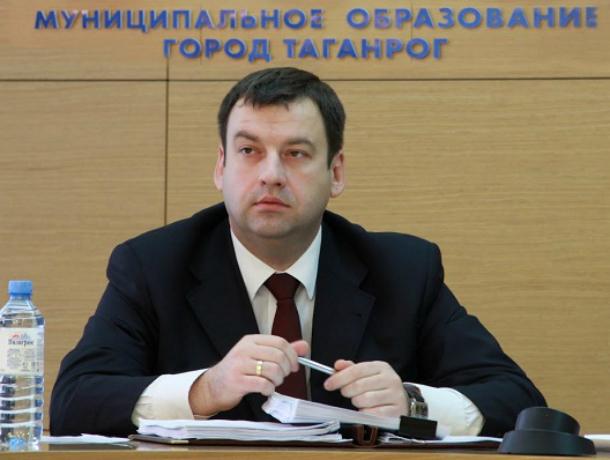 Депутаты  областного парламента хотят отправить мэра Таганрога в отставку