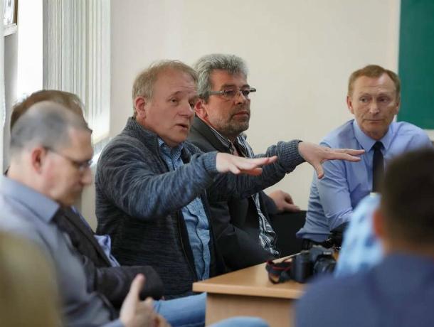 В Таганроге группа «Мир» из Германии знакомиться с городом