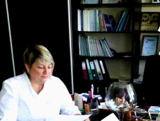 С Днем медика поздравляют Оксану Валериевну Лищук - главврача Диагностического центра в Таганроге