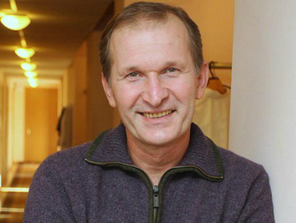 Артист после перенесенного инсульта отправился нагастроли— Федор Добронравов