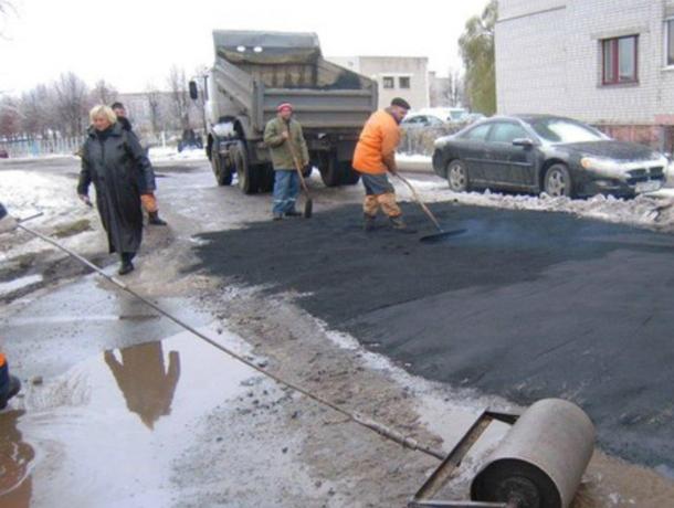 Крупные дорожные компании в Таганроге могут асфальтировать дороги  в мороз и снегопад