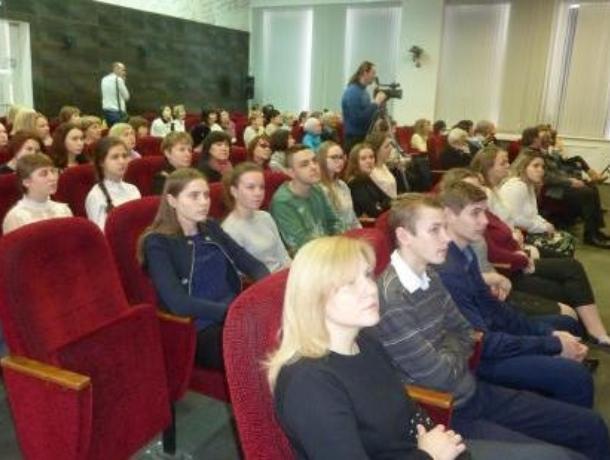 Встречей в честь юбилея пьесы «Вишневый сад» открыли Год театра в Таганроге