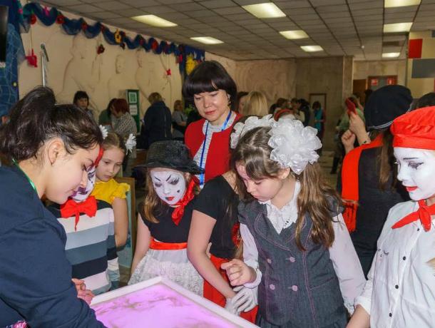 В Таганроге прошла  областная Ярмарка социально-педагогических инноваций – 2018