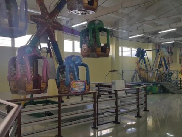 Пожар в таганрогском детском центре «Киндерград» случился из-за покрышек