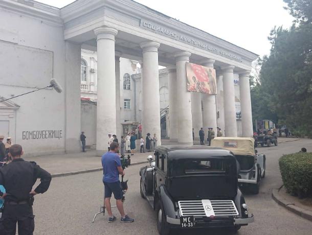 Депутат и помощник поучаствовали в киносъемках в Таганроге