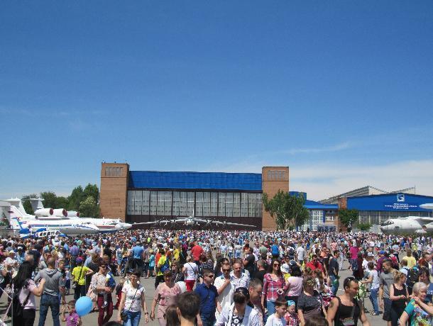 Завод им. Г.М. Бериева открыл двери для тысяч гостей