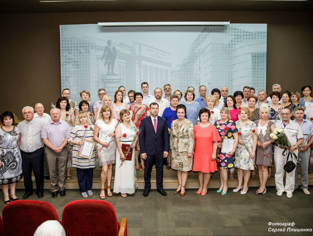 В Таганроге поздравили медицинских работников с профессиональным праздником