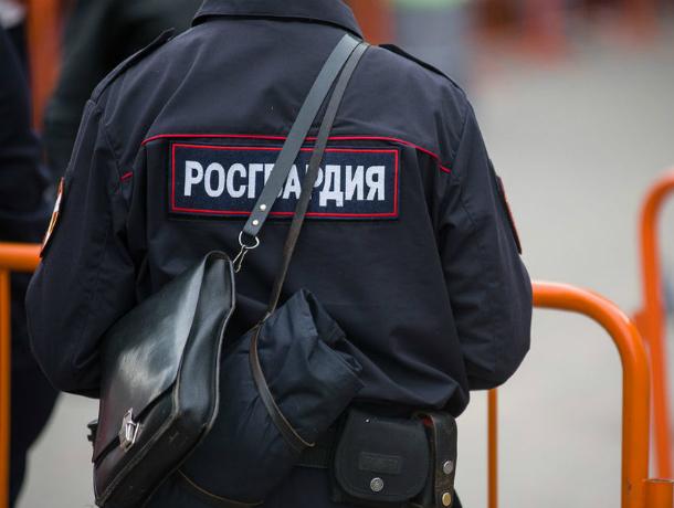 За публичное оскорбление росгвардейца любителя нецензурной брани будут судить в Таганроге