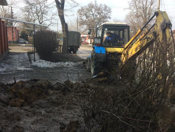 Новая авария на водоводе в Таганроге случилась по улице Александровской