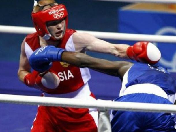 Таганрогские спортсмены завоевали «золото» и «бронзу»  на областном первенстве по боксу