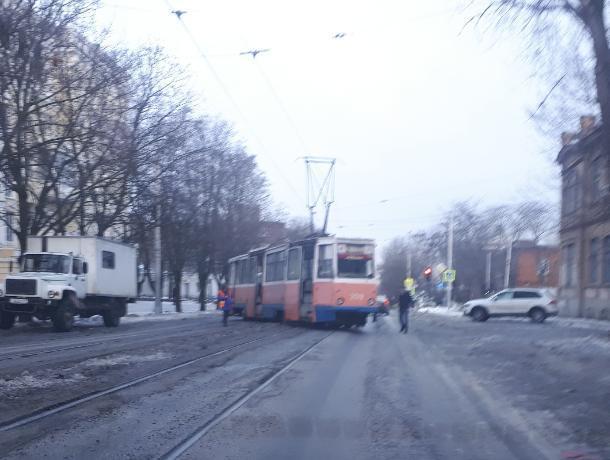В Таганроге с рельсов сошел первый в новом году трамвай