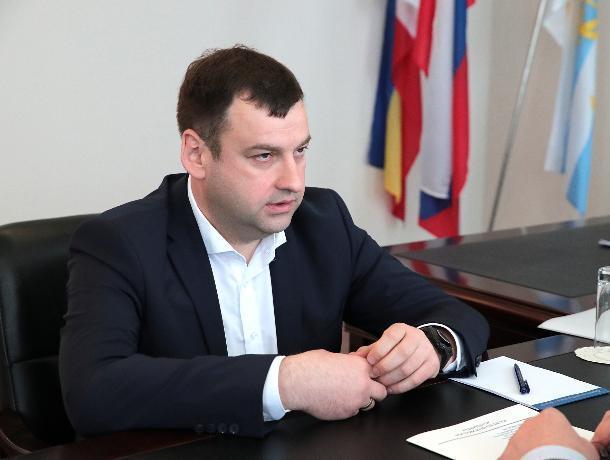 Андрей Лисицкий заявил, что для берегоукрепления в Таганроге нет специальных программ