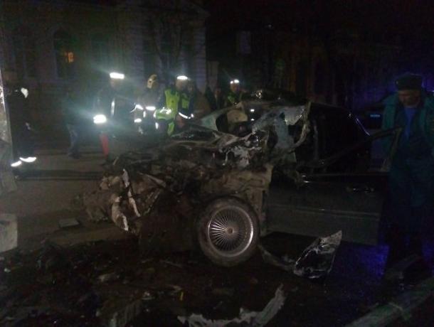 В Таганроге в аварии на Греческой пострадали два человека