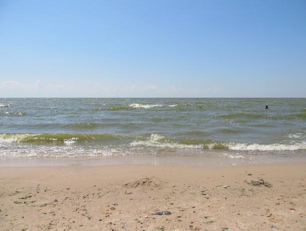 Таганрогский залив подготовят к приему отдыхающих