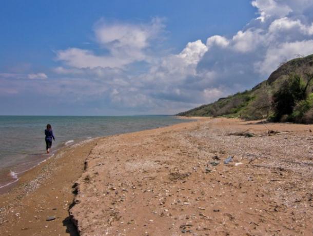 В Таганрогском заливе  насчитали  семь опасных пляжей