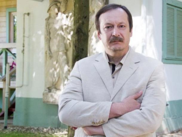 Знаменитый актер из Таганрога Владислав Ветров снова появился в Инстаграм