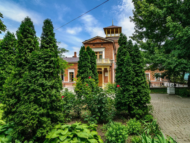 Погода  в выходные дни будет дождливой, но теплой в Таганроге