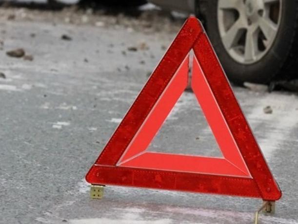 В Таганроге на пешеходном переходе из-за маршрутки пострадали две женщины