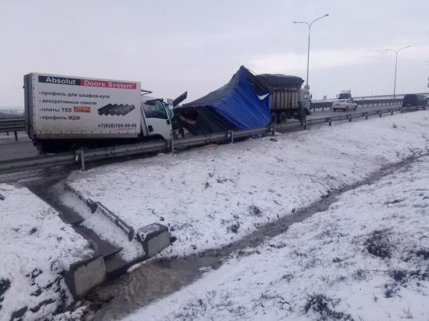Молодой парень погиб в аварии на трассе «Ростов-Таганрог»