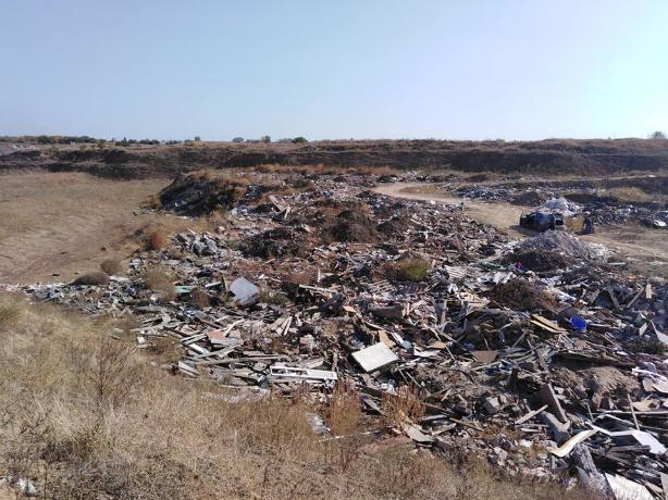 Незаконное место утилизации сырья несет экологическую угрозу для Таганрога