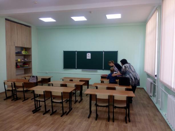 В Таганроге добровольцы подготовили учебный класс для особенных детей