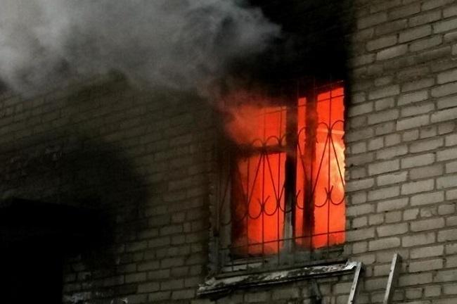 В Таганроге за один день случилось два пожара в пятиэтажках