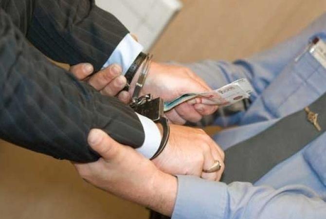 Таганрогский суд оштрафовал за взятку депутата из Неклиновского района на 17,5 миллионов рублей