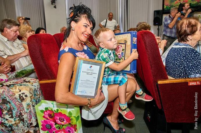 В Таганроге поздравили пар-долгожителей с Днем семьи, любви и верности