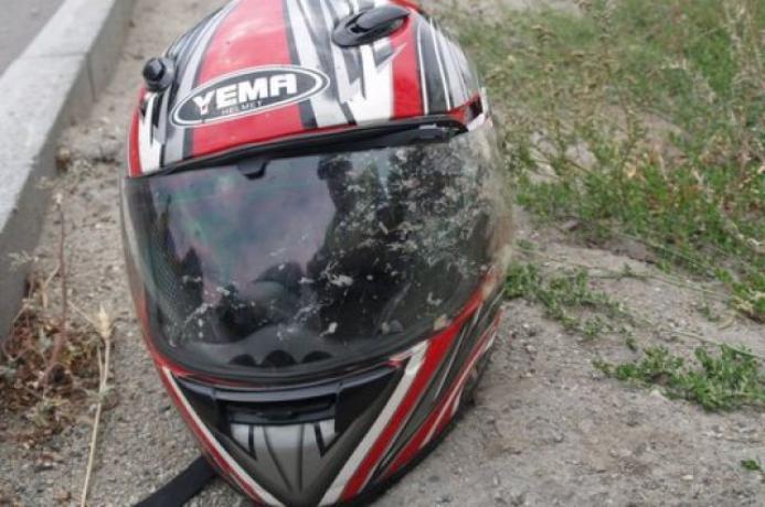В Таганроге мотоциклист не справился с управлением и попал в ДТП