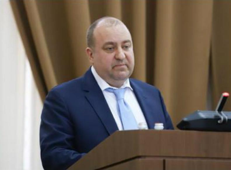 Прокурор Чайка улетел из Ростова-на-Дону, но вопросы у таганрожцев остались