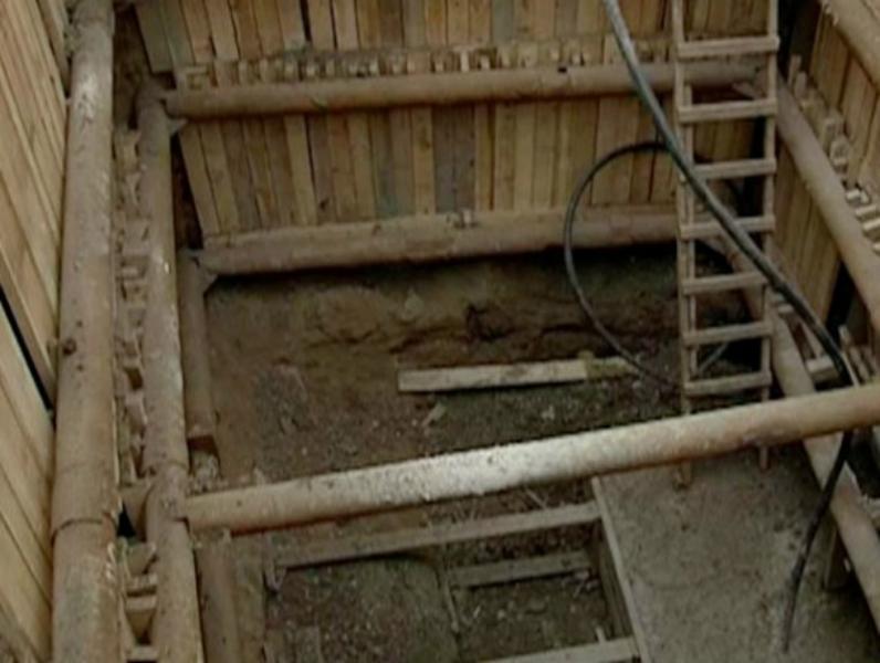 Администрация Таганрога пообещала 5 июля закончить ремонт коллектора на Артиллерийском