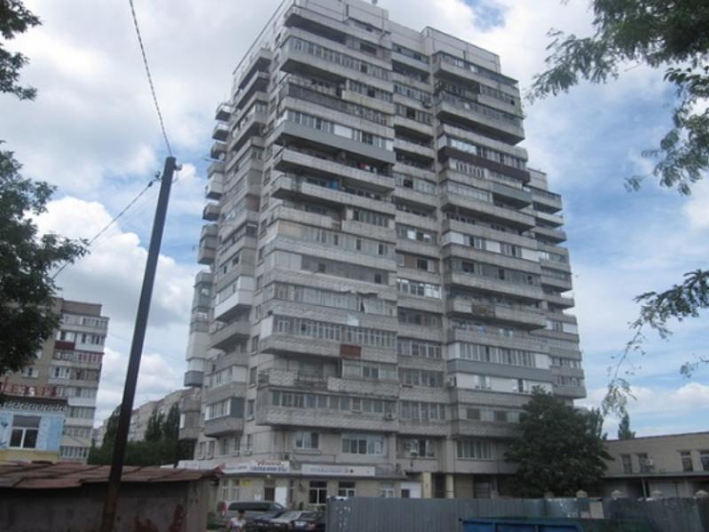 В Таганроге погиб мужчина под окнами своего дома