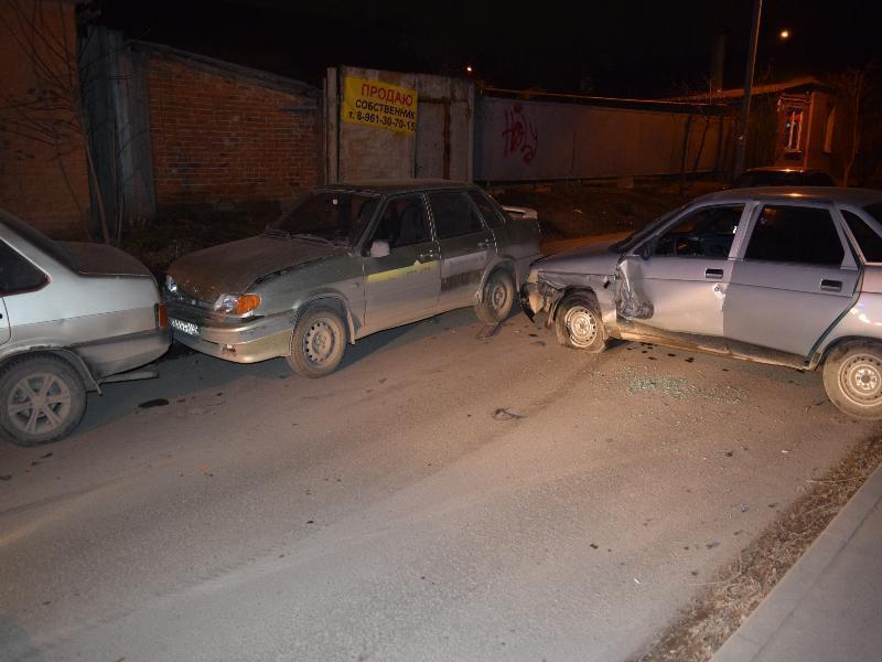 Тройное ДТП в Таганроге устроил пьяный водитель