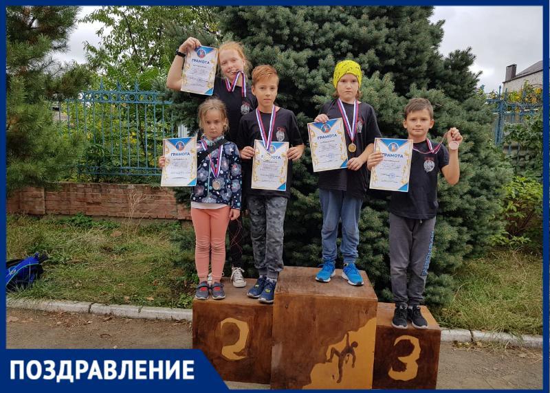 Поздравляем таганрогских спортсменов с отличным выступлением на первенстве по скалолазанию
