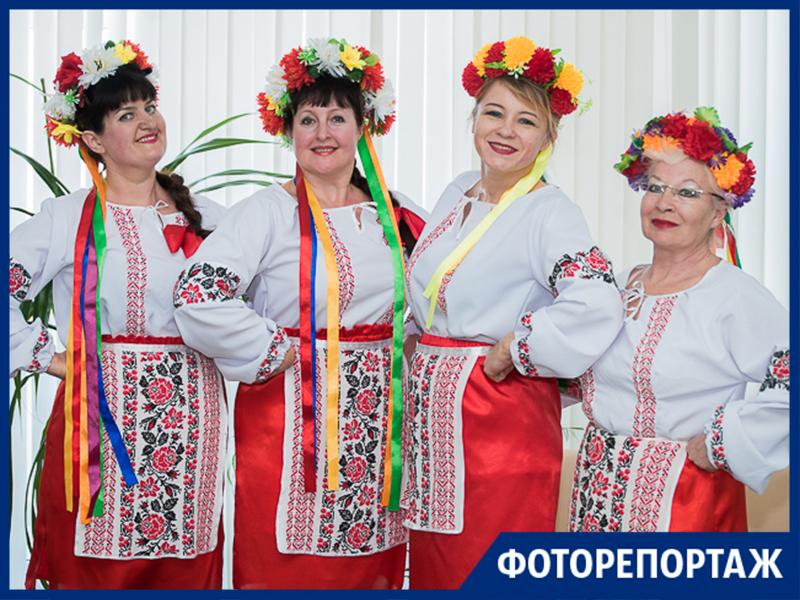 В Таганроге прошла караоке-встреча любителей народной музыки