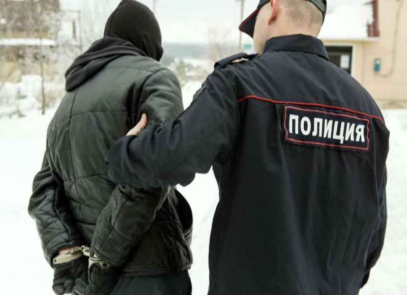 Таганрогские полицейские нашли автомобильных воришек