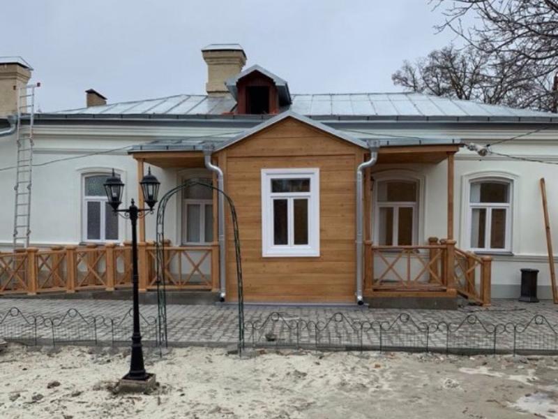 Скандал вокруг бывшего дома Чеховых — последний владелец не дает закончить реставрацию